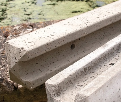 Concrete-Slotted-Posts-Category-Picture