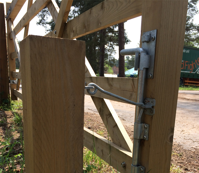 Gate-Bolts-Category-Picture